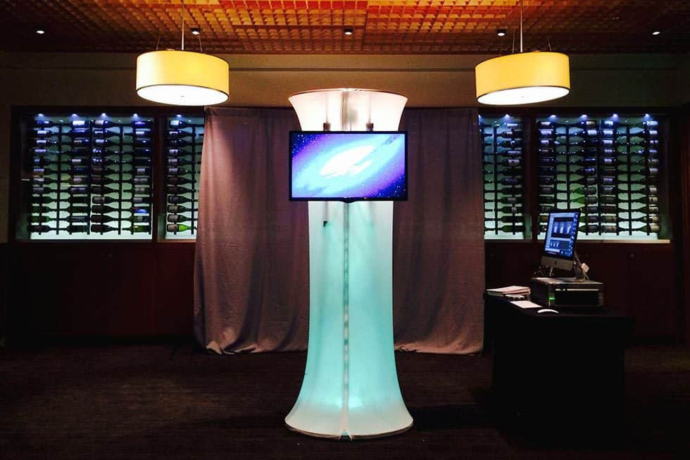 photo booth kiosk by 1000 words events photography services
